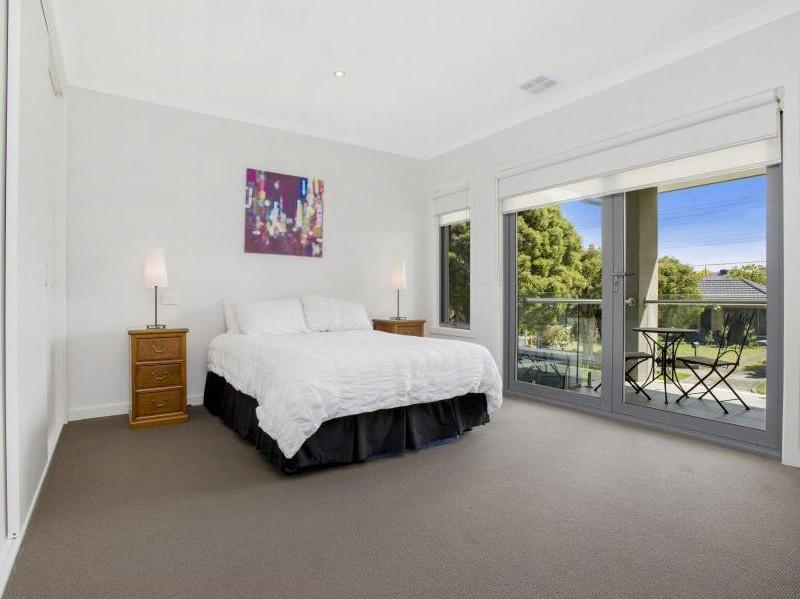 Ogilvie-townhouses-bedroom-design