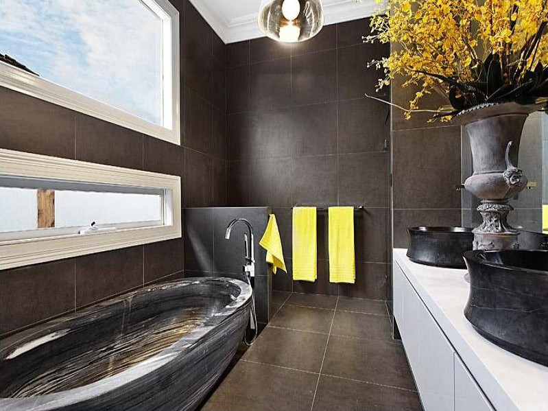 violet-residence-bathroom-design-rich-dark-earth-colours